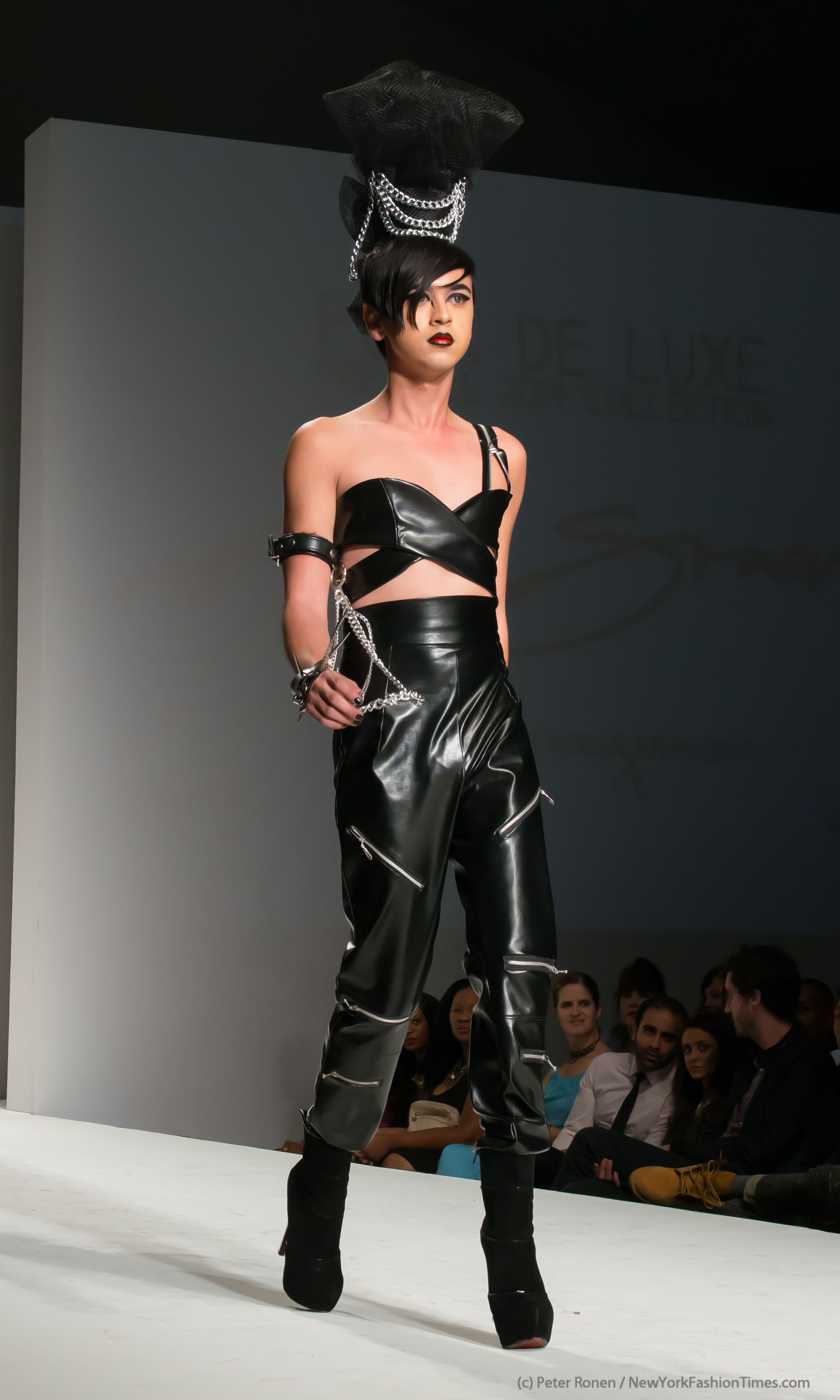 Punk De Luxe Andre Soriano Pre Fall 2014 Style Fw L A Live New York Fashion Times